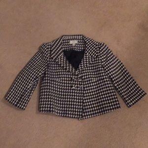 Ann Taylor Loft size 4 petite black & white blazer